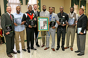2015 Athletic Hall of Fame Inductees photo
